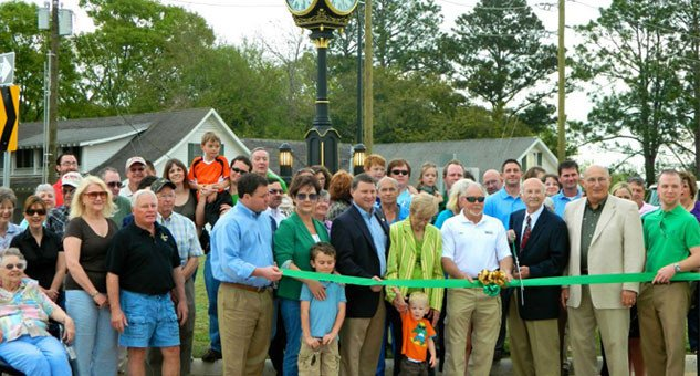 Clock Roundabout Ribbon Cutting